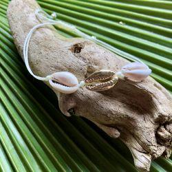 Le bracelet cordon coquillage