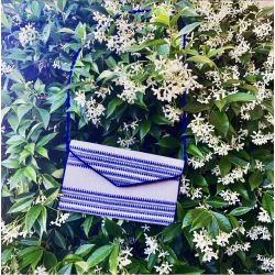 Le sac pochette Azur