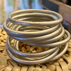 Lot de 5 bracelets...